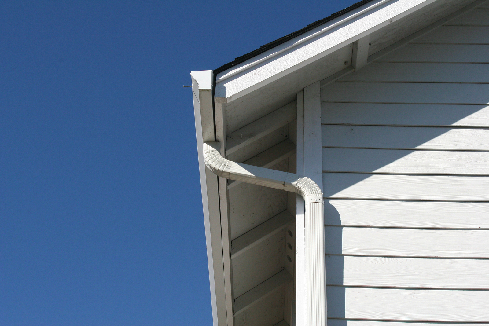 Everything You Need To Know About How To Paint Aluminum Siding